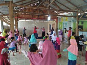 Aksi trauma healing di Dusun Sungapan